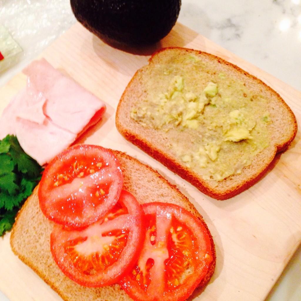 Sandwich-fix-ins.jpg