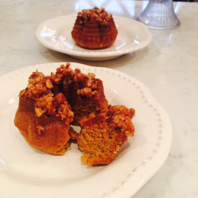 pumpkin-bundt-plated-2
